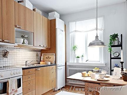 厨房的美丽 原木橱柜教你造就油烟重地小清新
